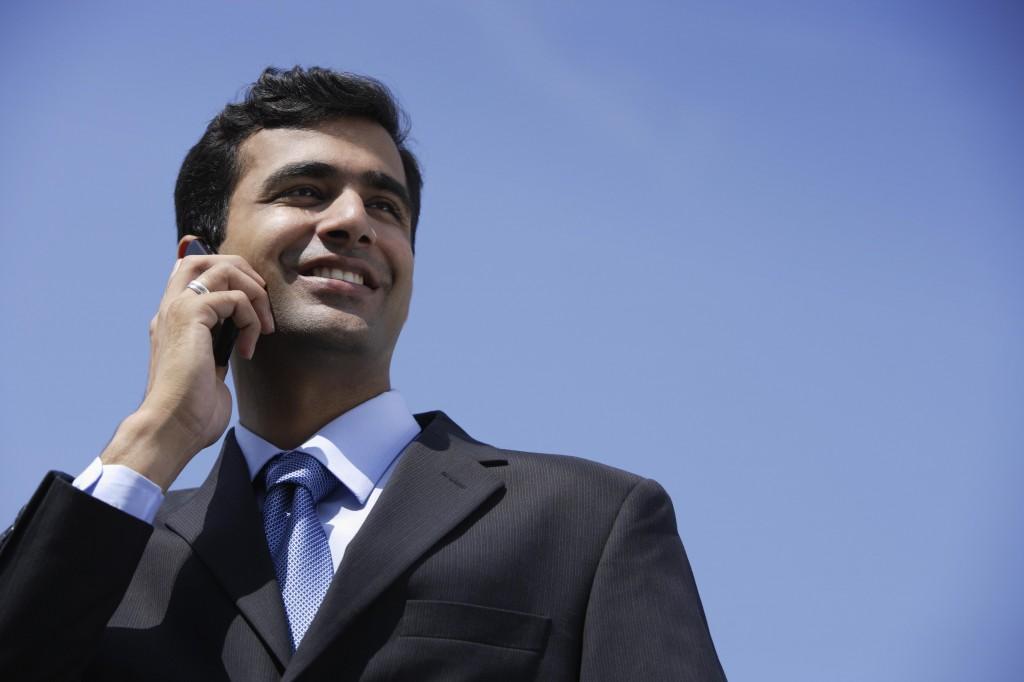empresario con teléfono