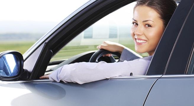 mujer coche